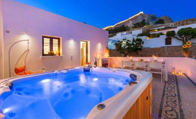 Villas with Hot Tubs